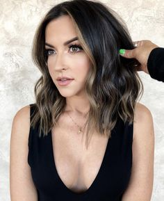 Unique Hairstyles, Long Hair Styles, Beauty, Long Hairstyle, Long Haircuts, Long Hair Cuts, Beauty Illustration, Long Hairstyles, Long Hair Dos