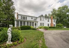 The equestrian property you've been looking for! 5551 Appleby Line, Burlington, ON Karen Paul & Associates Real Estate Sales, Real Estate Houses, Burlington House, Tree Lined Driveway, 3 Season Room, Niagara Region, Victorian Homes, Home Buying, Luxury Homes