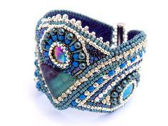 Bead Embroidery  Bracelet Cuff Statement jewelry  por Vicus en Etsy