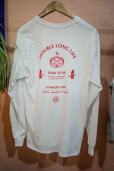 Vernacular Tee Shirt Designs, Tee Design, Cool Shirts, Tee Shirts, Apparel Design, Sweater Shirt, Streetwear Fashion, Mens Fashion, High Fashion