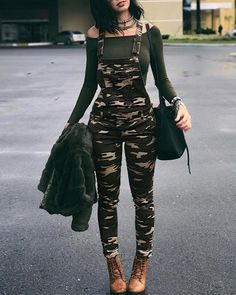 Backless Jumpsuit, Jumpsuit Outfit, Casual Jumpsuit, Army Pants Outfit, Camo Outfits, Girl Outfits, Summer Outfits, Fashion Outfits, Trend Fashion