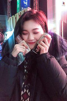Kim Do Yeon (김도연) Kpop Girl Groups, Korean Girl Groups, Kpop Girls, Jooheon, Choi Yoojung, Kim Doyeon, Gfriend Sowon, My Baby Girl, Woman Crush