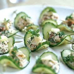 Cucumber Slices w/ Crab & Chili Paste (drop the toothpicks...needs chives - lump crabmeat) Small Bite