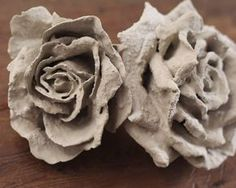 Tutorial: DIY Concrete Flowers https://ru.pinterest.com/lida_zhukova/%D0%B3%D0%B8%D0%BF%D1%81/