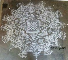 N Rangoli Kolam Designs, Simple Rangoli, Padi Kolam, Patio Tiles, Floral Decorations, Beautiful Rangoli Designs, Floor Art, Makeup Brushes, Addiction
