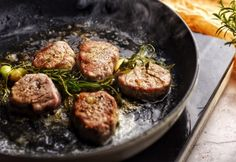 Zöldfűszeres szűzérme | NOSALTY Atkins, Pork Recipes, Tapas, Bacon, Paleo, Beef, Vegetables, Ethnic Recipes, Food