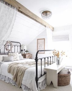Sweet Shabby Chic Bedroom (19)