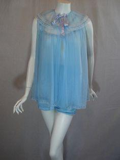 1960s Blue Baby doll Peignoir Set, Small/Medium, Robe, nightgown, panties