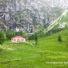 "If you like hiking I can recommend you this tour to the ""Benediktenwand"". The hiking trail is #nice but long and ambitious. On the way to the top you cross the ""Tutzinger Hütte"". (1327m high) #hike#mountainlovers#hiking#travel#alps#tutzingerhütte#alpen#wandern#travelling#hiking#hikingtrails#schön#berge#enjoylife#igtravel#munich#bavaria#Bayern#igfollow#nature#niceview#outdoor#photooftheday#igeurope by antje_nessler"