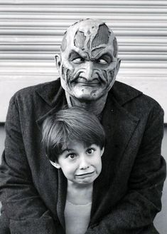 Wes Craven's New Nightmare: Behind-the-Scenes Gallery