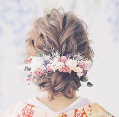 Pale Face, Love Your Hair, Creative Hairstyles, Floral Crown, Kimono Fashion, Headdress, Bridal Hair, Wedding Styles, Wedding Hairstyles