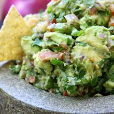 Simple Healthy Guacamole recipe is incredibly fresh and flavorful. Authentically made with chunky avocados and tomatoes. This will spoil you for all other guacamoles. Mexican Food Recipes, Vegetarian Recipes, Cooking Recipes, Healthy Recipes, Cooking Ham, Cheap Recipes, Healthy Recipe Videos, Healthy Snacks, Healthy Eating