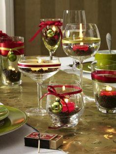 Fun  easy idea to set the Christmas table.