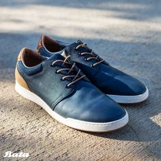 Stay sporty yet sleek in gorgeous ocean blue sneakers for men. Bata Shoes, Men's Shoes, Blue Sneakers, Leather Sneakers, Shoe Collection, Moccasins, Men Fashion, Loafers, Sporty