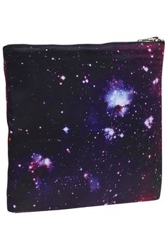 Dark Galaxy Print Bag. Description Bag in dark galaxy print, black line with a little zip, black zip on the side. Fabric Dacron. Washing 40 degree machine wash , low iron. #Romwe