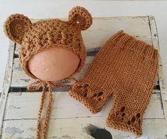 Newborn baby Teddy Bear Bonnet and Pants set . knit Newborn baby photo props. Newborn baby bonnet. Baby shorts. baby prop. baby bear bonnet