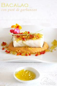 Cod Fillet Recipes, Fish Recipes, Mexican Food Recipes, Vegetarian Recipes, Modern Food, Food Garnishes, Molecular Gastronomy, Food Design, Food Presentation