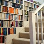 How to Build a Staircase Bookshelf – DIY projects for everyone! Staircase Bookshelf, Stair Shelves, Wall Bookshelves, Staircase Design, Bookshelf Diy, Book Shelves, Luxury Staircase, Bookshelf Plans, Bookcases