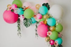 DIY Floral Balloon Arch http://greenweddingshoes.com/category/diy-ideas/all-diy-ideas/