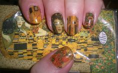 As klimt is my favorite Painter, I could rock these nails as a standard!!