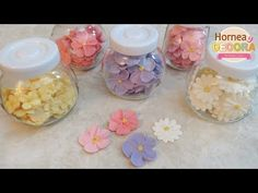 Hey Sweet Peeps, Mother's day is coming this weekend so I thought its the perfect time to show you a tutorial on how to pipe royal icing to make 3 different . Fondant Icing, Fondant Toppers, Buttercream Icing, Buttercream Flowers, Fancy Cookies, Royal Icing Cookies, Cake Decorating Tutorials, Cookie Decorating, Como Hacer Royal Icing