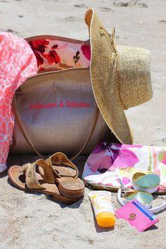 Beachin' it with Veeshee Bags