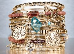 We can't get enough of these Alex and Ani bangles! Mix, match and stack to go with any fall outfit! #lucido #jewelry #accessories #alexandani #fashion