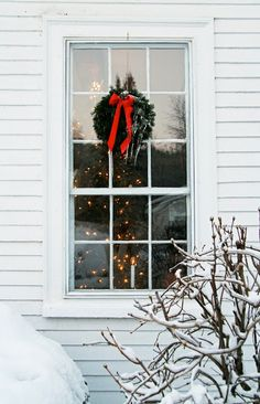 pretty wreath window