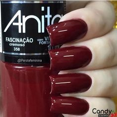 UNHAS VERMELHAS 💕 ♡ #unhas #unhasdecoradas #naildesigns #decoração #lindasunhas #unhasvermelhas #unhasvermelhasdecoradas #vermelhas Elegant Nails, Classy Nails, Stylish Nails, Trendy Nails, Nail Paint Shades, Nail Manicure, Nail Polish, Square Oval Nails, Nails Only