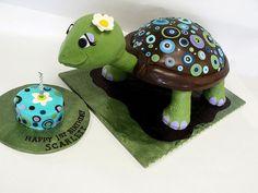 Adorable turtle cake!