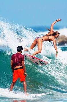 Surf School in Sri Lanka. Surfing in Weligama. The best place learning to surf in Sri Lanka. Ocean adventure and exoticism. San Jose Del Cabo, Taekwondo, Surf Mar, Bikini Rouge, Sports Nautiques, Windsurfing, Surf Style, Surf Girls, Surfs Up
