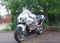 2003 VTR 1000 SP2