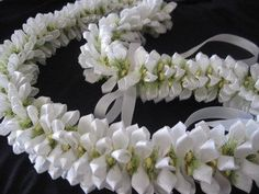 Tiara Tahitian Gardenia by AlohaRibbonCrafts on Etsy, $35.00