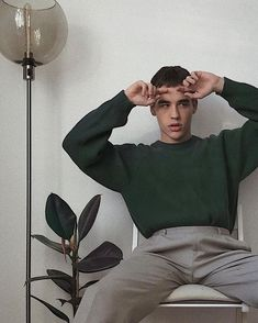 Discover recipes, home ideas, style inspiration and other ideas to try. New Outfits, Trendy Outfits, Fashion Outfits, Mode Streetwear, Streetwear Fashion, Style Masculin, Vetement Fashion, Photography Poses For Men, Photo Instagram