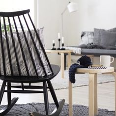 Black rocking chair, so nice Decor, Apartment Inspiration, Scandinavian Home, Home And Living, Living Room With Fireplace, Interior, Rocking Chair, Interior Design Styles, Home Deco
