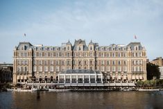 Luxury hotel in Amsterdam city centre on the banks of the Amstel river. Book this elegant, central hotel with river view lounge, indoor pool, sauna & spa now. Amsterdam City Centre, Double Staircase, Penthouse Suite, Executive Suites, Indoor Swimming Pools, Grand Entrance, Hotel Lobby, Grand Hotel, Netherlands