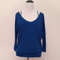 """Blue double layered blouse ➖CONDITION: New ➖SIZE: small (see measurements)  ➖STYLE: Royal blue two layer (connected) blouse. This is a gorgeous top that you don't need a bra with (if you choose  or if you have smaller boobs hah) or wear a strapless - or just a regular bra haha. It's definitely a casual but fashionable blouse!   ➖MEASUREMENTS      ➖LENGTH : 24.5""""     ➖BUST : 15.5"""" Forever 21 Tops Blouses"""