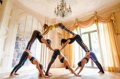 Instagram: @Nayitavp Girls: Talia S. , Kario C. , Ana, Riva G., Giselle L. & i Location: NewYork #girls #acroyoga #yoga #pyramid #humanpyramid #ideas #workout #fitness #base #flyer #six #flexible #strong #core #muscle #lift #inspire #ideas #yogagirls #yogagirl #havefun #houseparty #yogaparty