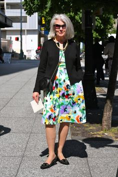 Seattle senior style: a lovely printed dress!