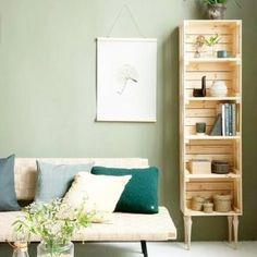 Ideas de suelos de palets en los que inspirarte para tu terraza o jardín – I Love Palets Bedroom Storage, Diy Storage, Bedroom Decor, Storage Ideas, Storage Shelves, Kitchen Storage, Bedroom Crafts, Storage Spaces, Ikea Bedroom
