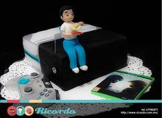 #MiercolesDeGaleria Xbox Halo 5 edition Personaliza tu pastel de consola con una figura del festejado. #pastel #fondant #fondantcake #xbox #halo5 Xbox Xboxmex xboxmexico.com Halo Halo 5: Guardians