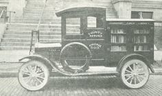 Logansport-Cass County (Ind.) Library bookmobile, 1918.