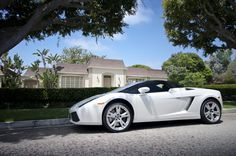 Glorious White Lamborghini Gallardo