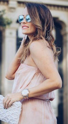 Your dressing sense is one of the very first ways that a person forms an impression of you before you get a chance to interact. Fall Fashion Outfits, Autumn Fashion, How To Look Classy, That Look, Dressing Sense, Classy Dress, Tie Dye, Lucky Magazine, Street Style