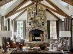 Whimsical lakeside cottage retreat with cozy interiors on Lake Keowee A rustic lakeside cottage designed by architects T. Adams Studio along with Westbrook Interiors is located on Lake Keowee, South Carolina. Lakeside Cottage, Coastal Cottage, Lake Cottage Living, Lakeside Living, Modern Cottage, Rustic Cottage, Coastal Style, Rustic Lake Houses, Haus Am See