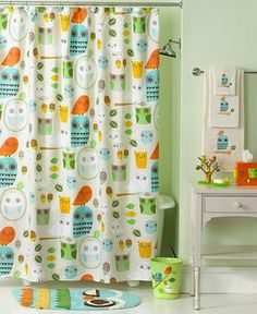 'Give a Hoot' bath collection shower curtain.  Love this for a kids bath!