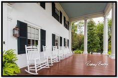 http://rodneybailey.com/wedding-venue-wednesday-historic-rosemont-manor/
