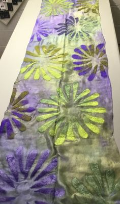 Shawl by Veerlaine; superfine merino and silk on silk mesh base Nuno Felt Scarf, Felted Scarf, Wool Scarf, Nuno Felting, Needle Felting, Felt Art, Felt Crafts, Scarf Wrap, Projects To Try