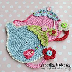 Crochet pattern – Teapot Coaster by VendulkaM / Kitchen table / Digital tutorial / pdf - Topflappen Sitricken Crochet Diy, Crochet Home, Love Crochet, Crochet Gifts, Crochet Motif, Crochet Patterns, Crochet Sheep, Chunky Crochet, Crochet Potholders