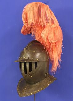 A very nice Early 17th Century Dutch Closed Cavalry Helmet in very good condition. Price 4.850 euro